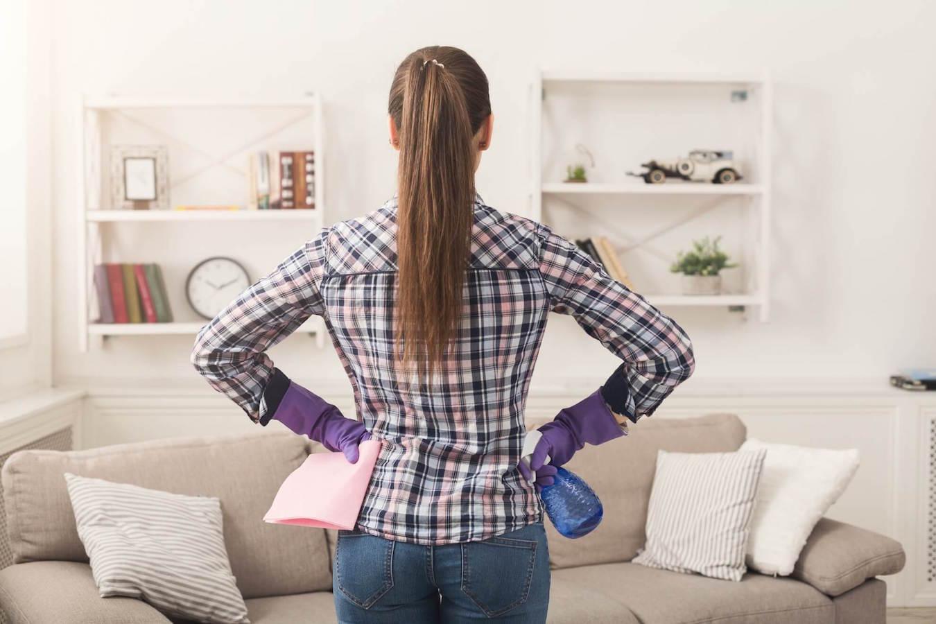 קניתם ספה? קחו טיפים שישמרו עליה נקייה כחדשה