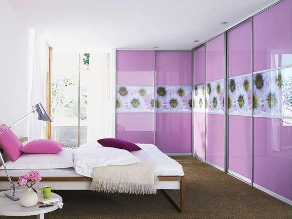 חדר שינה לנערה בצבעים עזים בית ונוי