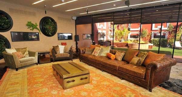 פנטהאוז רהיטים